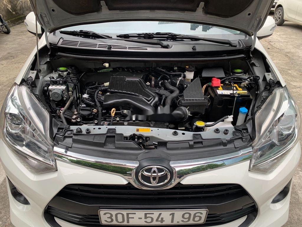 Cần bán lại xe Toyota Wigo sản xuất 2018, màu trắng, số sàn, 290tr (4)