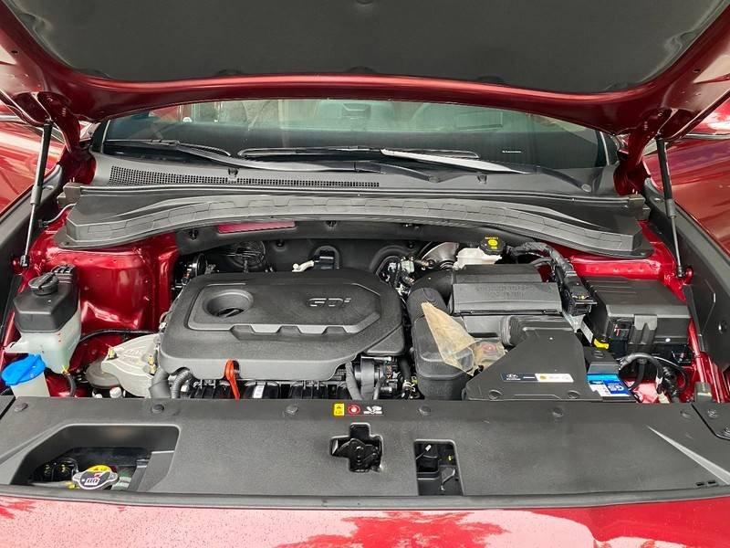 Xe Hyundai Santa Fe năm sản xuất 2020 còn mới (14)