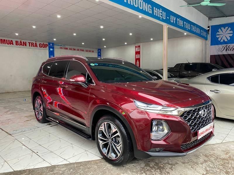 Xe Hyundai Santa Fe năm sản xuất 2020 còn mới (2)