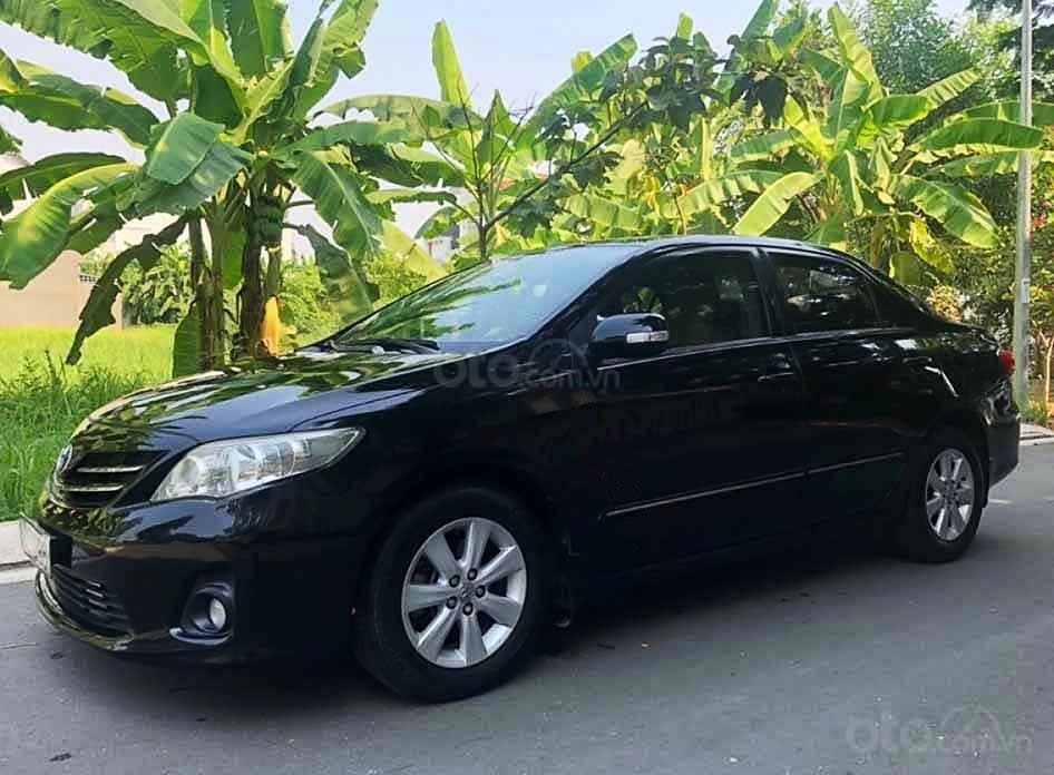 Cần bán Toyota Corolla Altis năm sản xuất 2010, màu đen còn mới, giá chỉ 399 triệu (1)