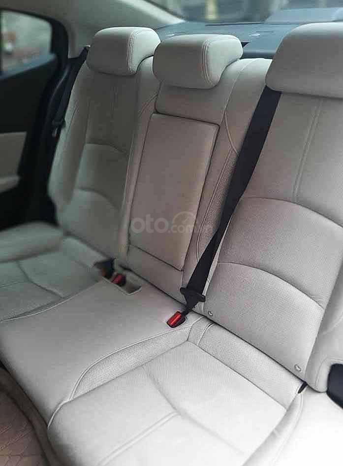 Bán Mazda 3 sản xuất 2019, màu xám còn mới, giá chỉ 610 triệu (2)