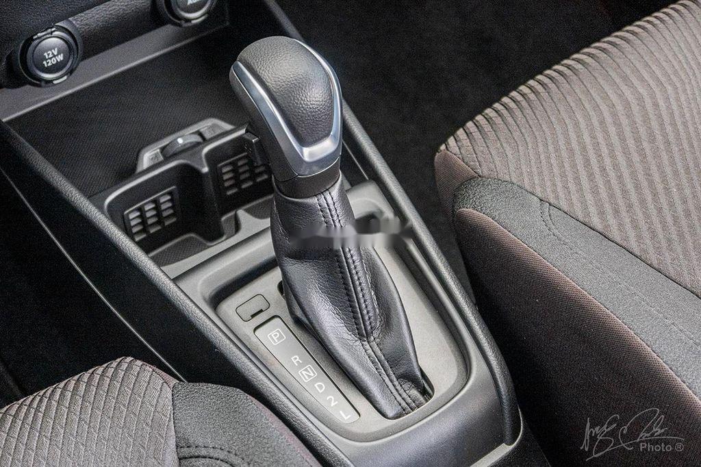 Cần bán xe Suzuki Ertiga sản xuất 2020, màu trắng, nhập khẩu nguyên chiếc (9)