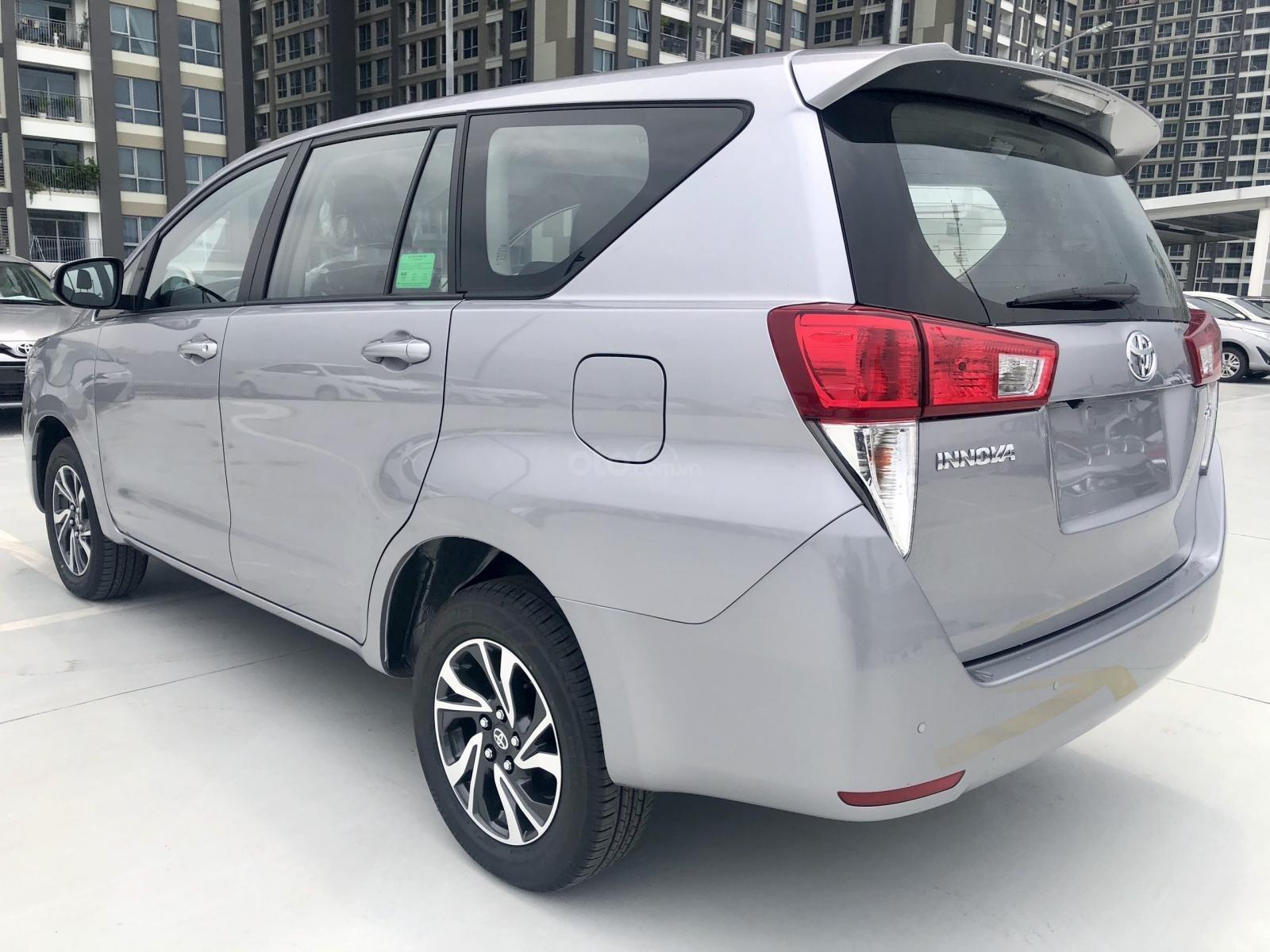 Toyota Innova 2021, tặng 3 năm bảo dưỡng, đủ màu, giao ngay, chỉ cần 175tr có xe (4)