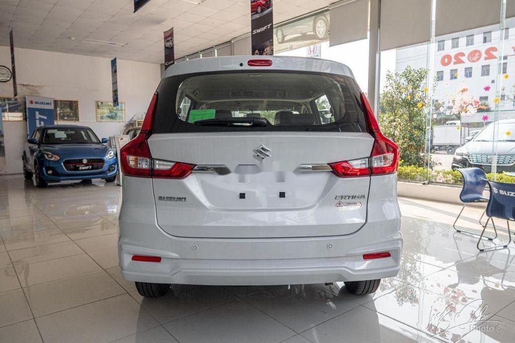 Cần bán xe Suzuki Ertiga sản xuất 2020, màu trắng, nhập khẩu nguyên chiếc (3)
