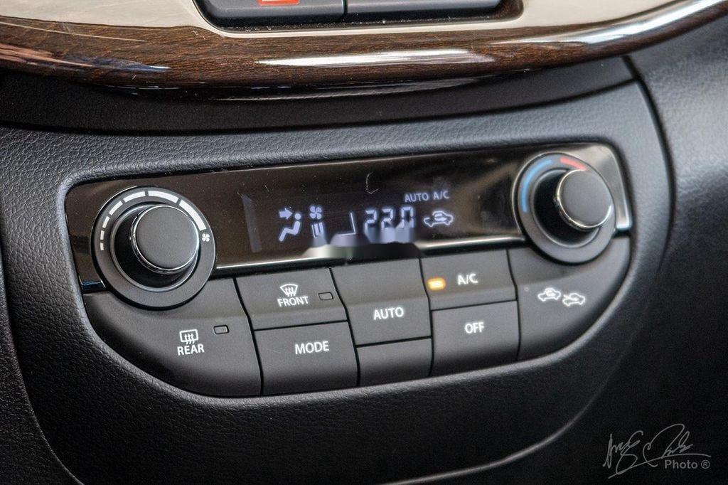 Cần bán xe Suzuki Ertiga sản xuất 2020, màu trắng, nhập khẩu nguyên chiếc (8)
