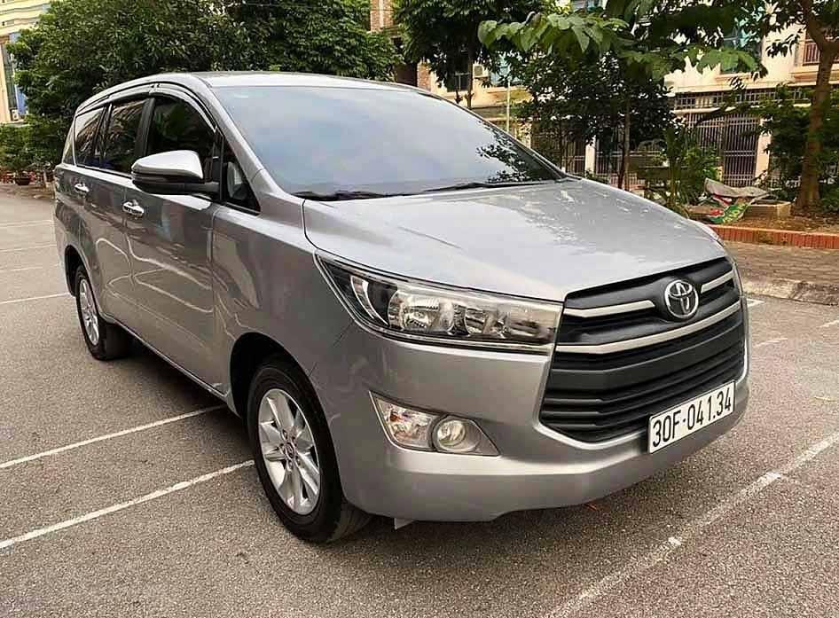 Bán xe Toyota Innova năm 2017 như mới, 680tr (1)