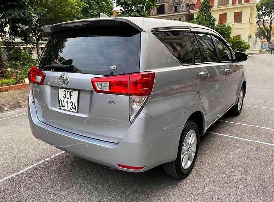 Bán xe Toyota Innova năm 2017 như mới, 680tr (5)