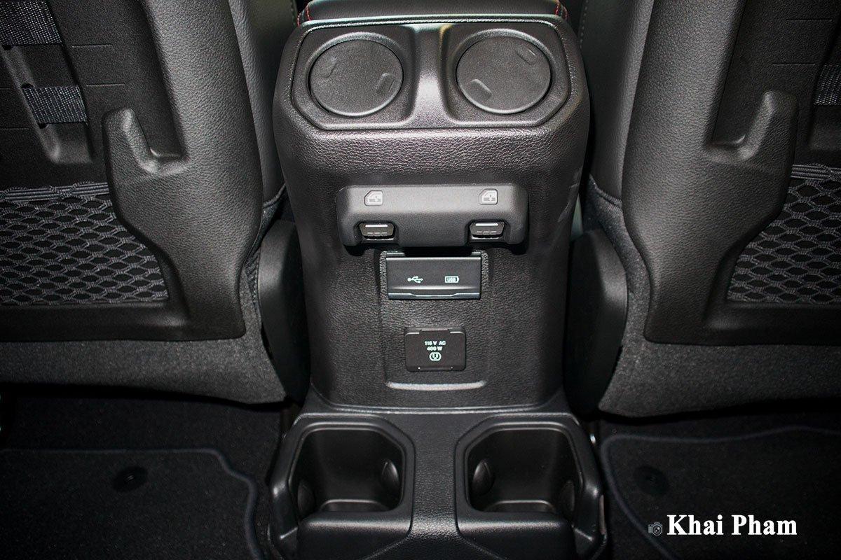 Nội thất Jeep Gladiator - Ảnh 4.
