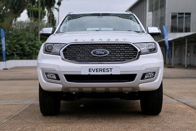 Ford Everest 2021 giá khởi điểm 965 triệu đồng tại Thái, sắp về Việt Nam a2