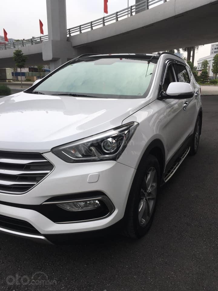 Bán gấp chiếc Hyundai Santa Fe 2.2L 4WD cuối 2017, xe còn mới, giá ưu đãi (3)