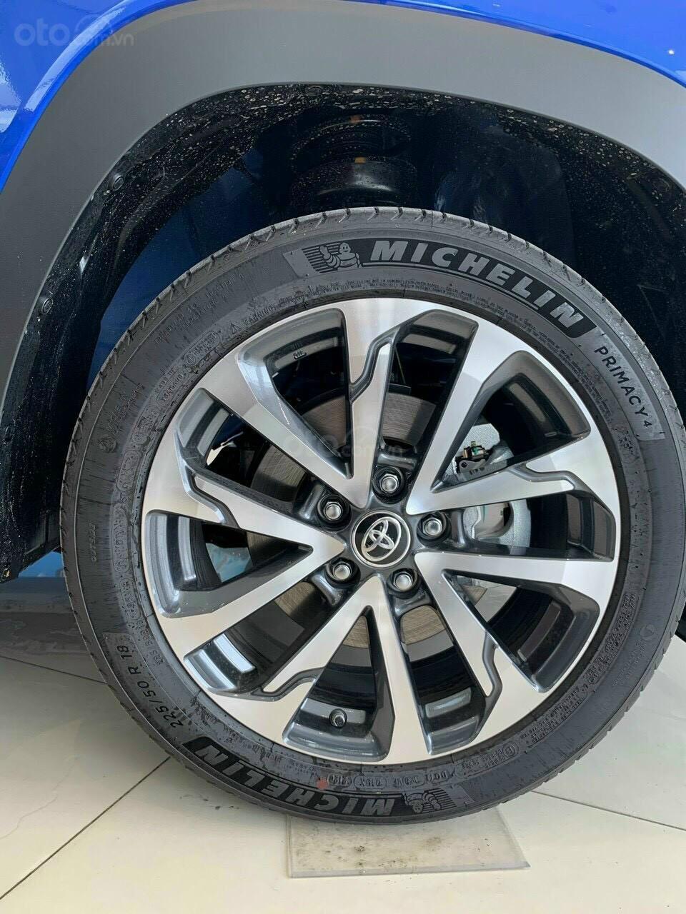 Toyota Cross 1.8V CVT 2020, sang trọng, đẳng cấp (9)