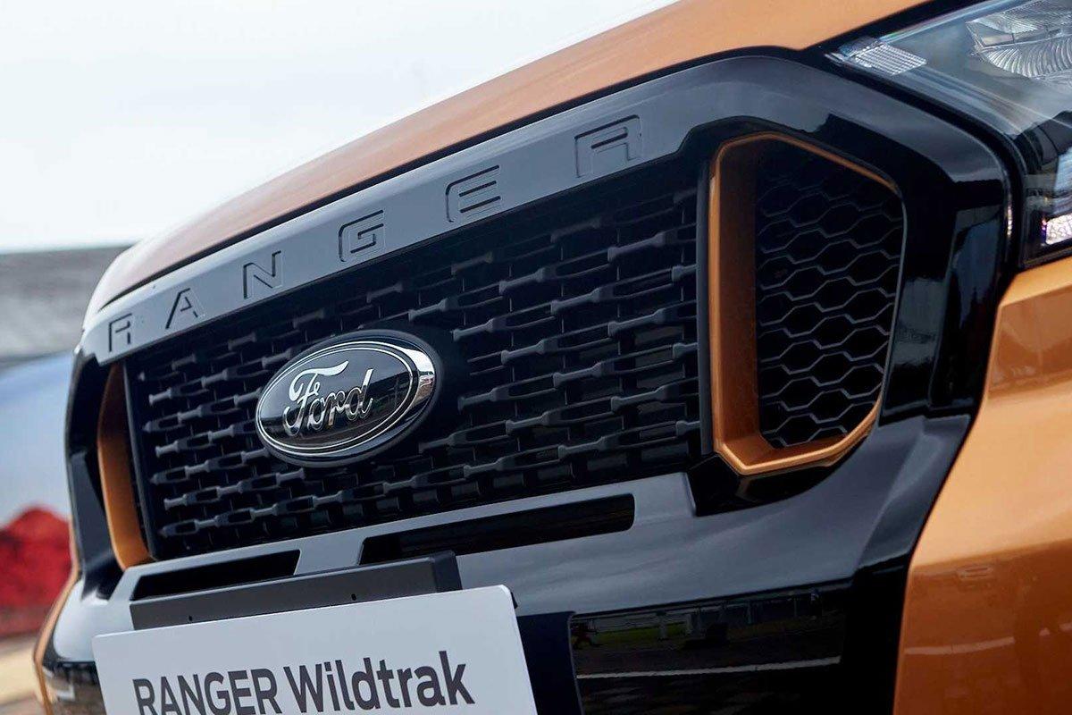 Thiết kế lưới tản nhiệt trên xe Ford Ranger 2021 1