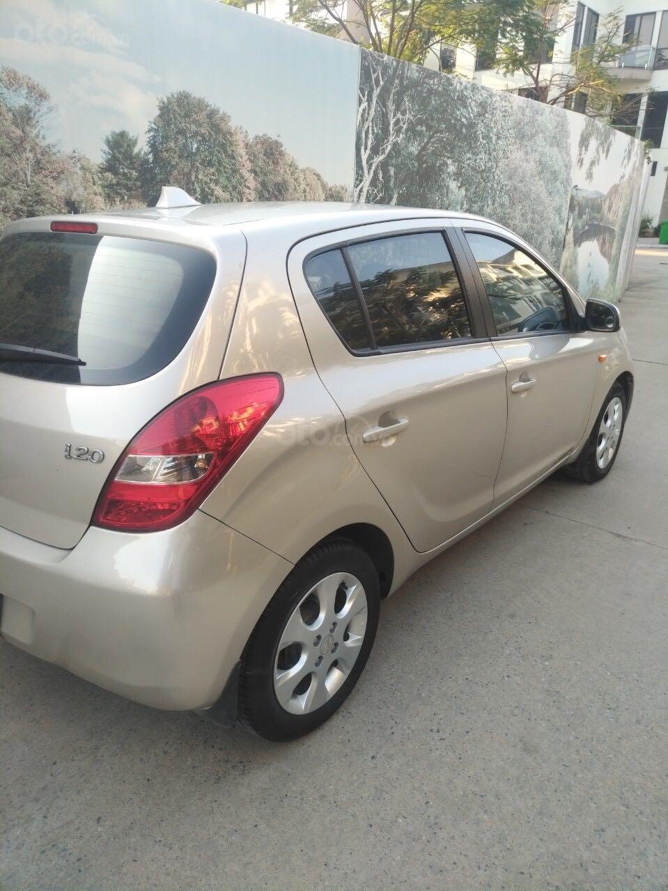 Hyundai i20 1.4AT SX 2011, nhập khẩu giá rẻ (2)