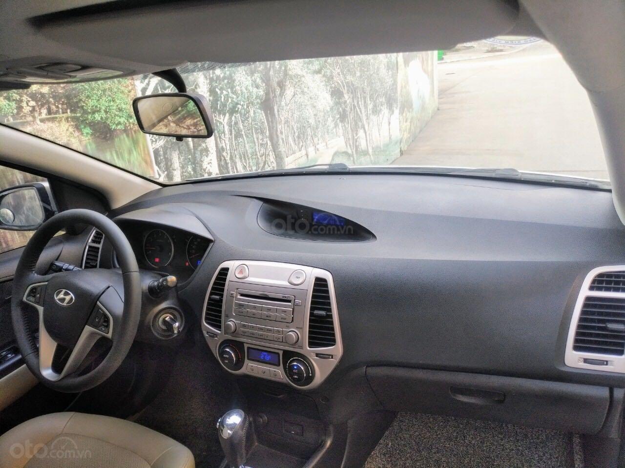 Hyundai i20 1.4AT SX 2011, nhập khẩu giá rẻ (4)