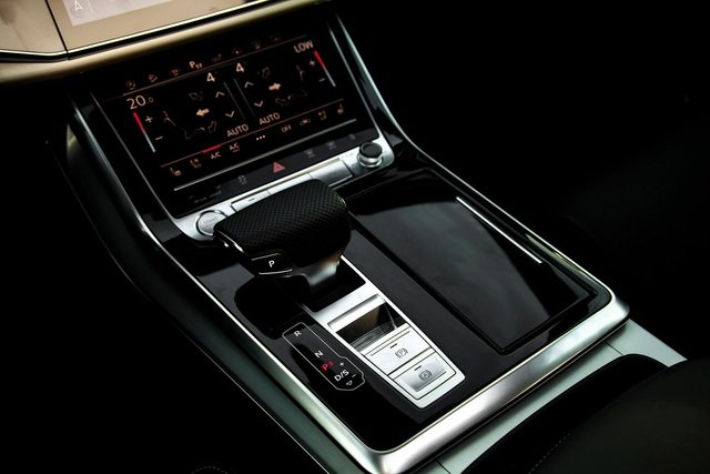 Ngoại thất xe Audi Q8 2021 - Ảnh 6