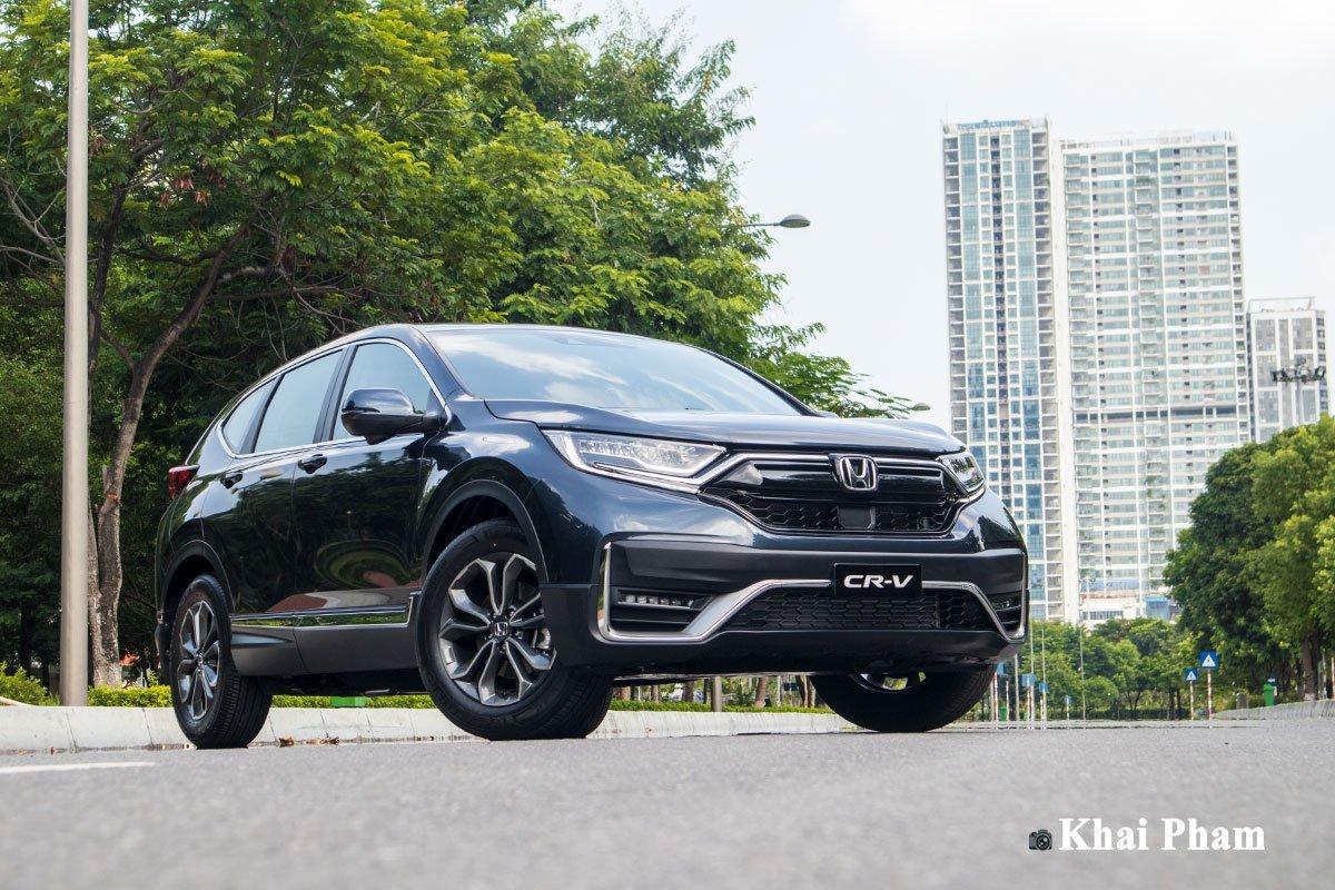 Honda CR-V đạt doanh số hơn 1.000 chiếc, bán chạy nhất hãng.