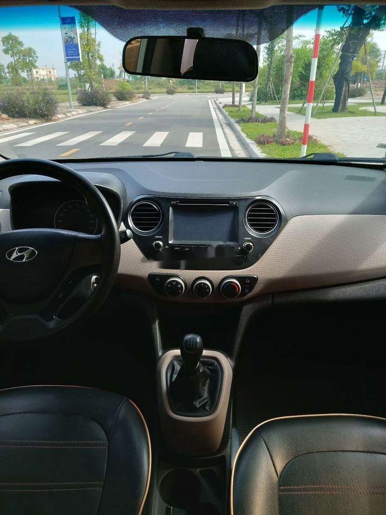 Chính chủ bán Hyundai Grand i10 2015, màu trắng, nhập khẩu (4)