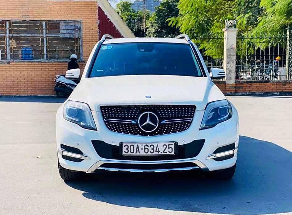 Cần bán xe Mercedes GLK250 4Matic sản xuất năm 2013, màu trắng, 890tr (1)