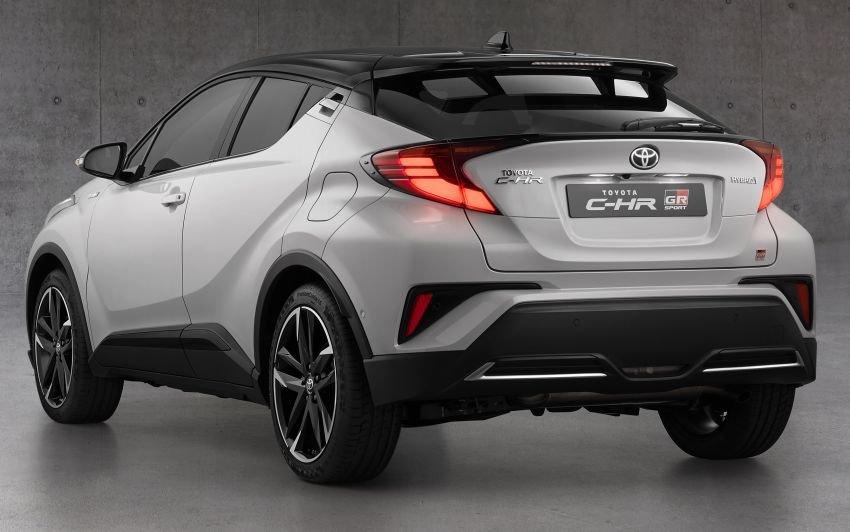Toyota C-HR 2021 GR Sport tinh chỉnh, nâng tầm hấp dẫn.