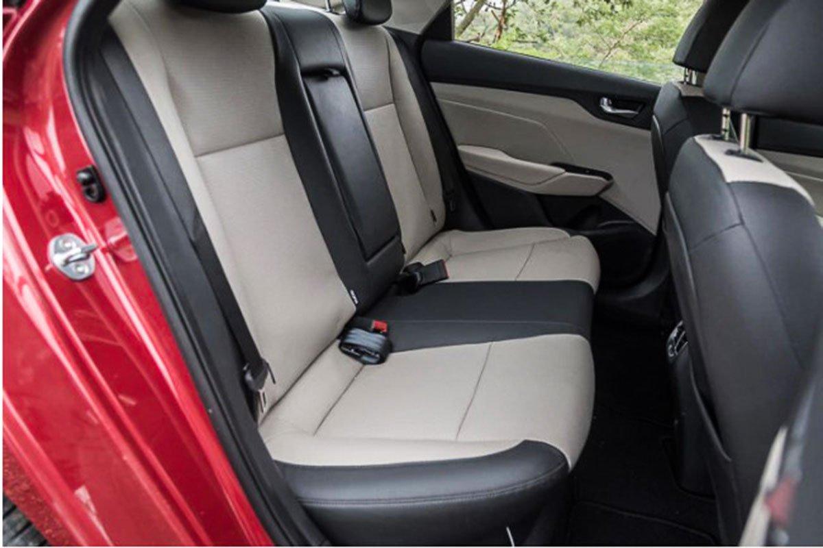 Ảnh Ghế sau xe Hyundai Accent 2021