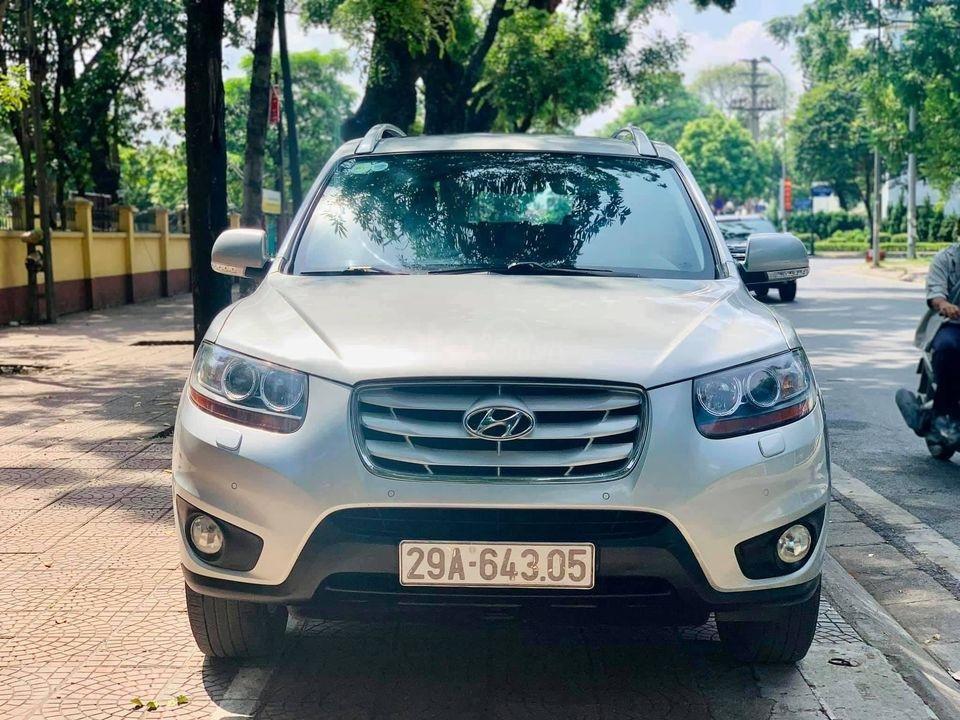 Cần bán xe Hyundai Santa Fe đời 2009, màu bạc (2)