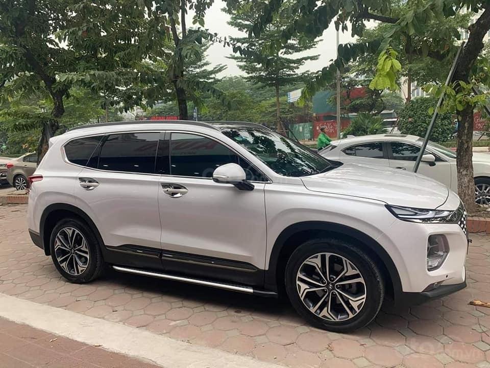 Cần bán xe Hyundai Santa Fe Premium đời 2019, màu trắng (2)