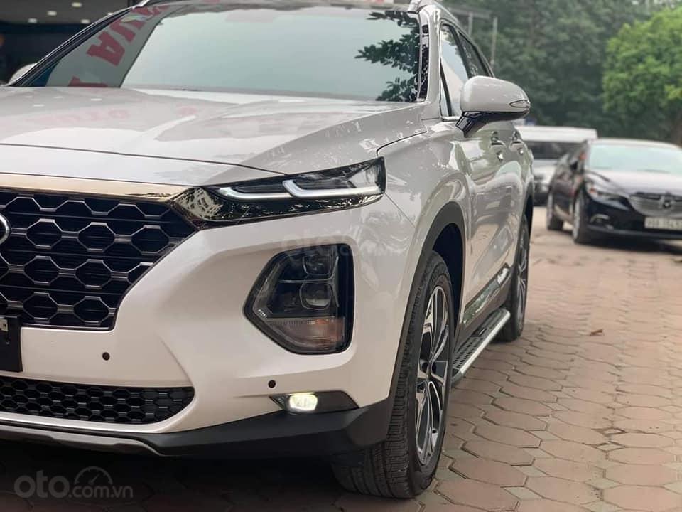 Cần bán xe Hyundai Santa Fe Premium đời 2019, màu trắng (3)