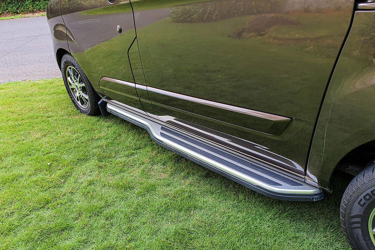 Ngoại thất Ford Tourneo - Ảnh 3.
