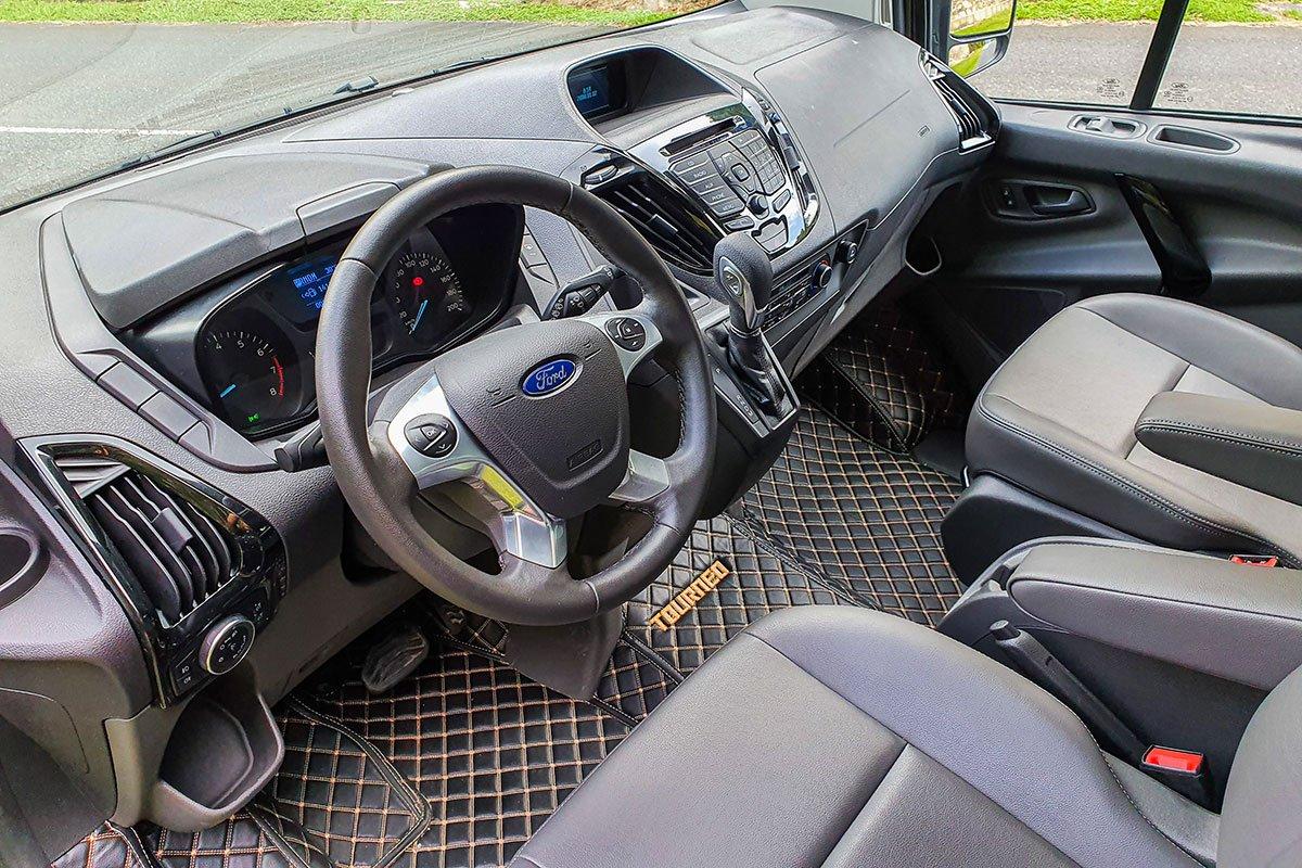 Giá xe Ford Tourneo thế hệ mới cập nhật hàng tháng - Ảnh 2