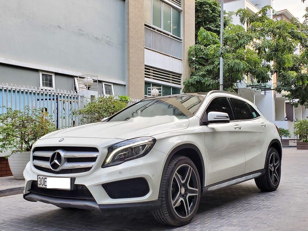 Cần bán lại xe Mercedes GLA250 4Matic năm sản xuất 2016, màu trắng, nhập khẩu  (2)