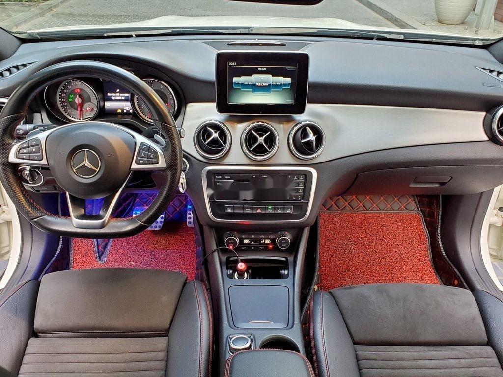 Cần bán lại xe Mercedes GLA250 4Matic năm sản xuất 2016, màu trắng, nhập khẩu  (7)