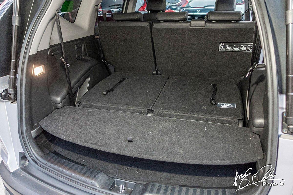 Khoang hành lý khi gập hàng ghế thứ 3 trên Honda CR-V L 2020-2021.