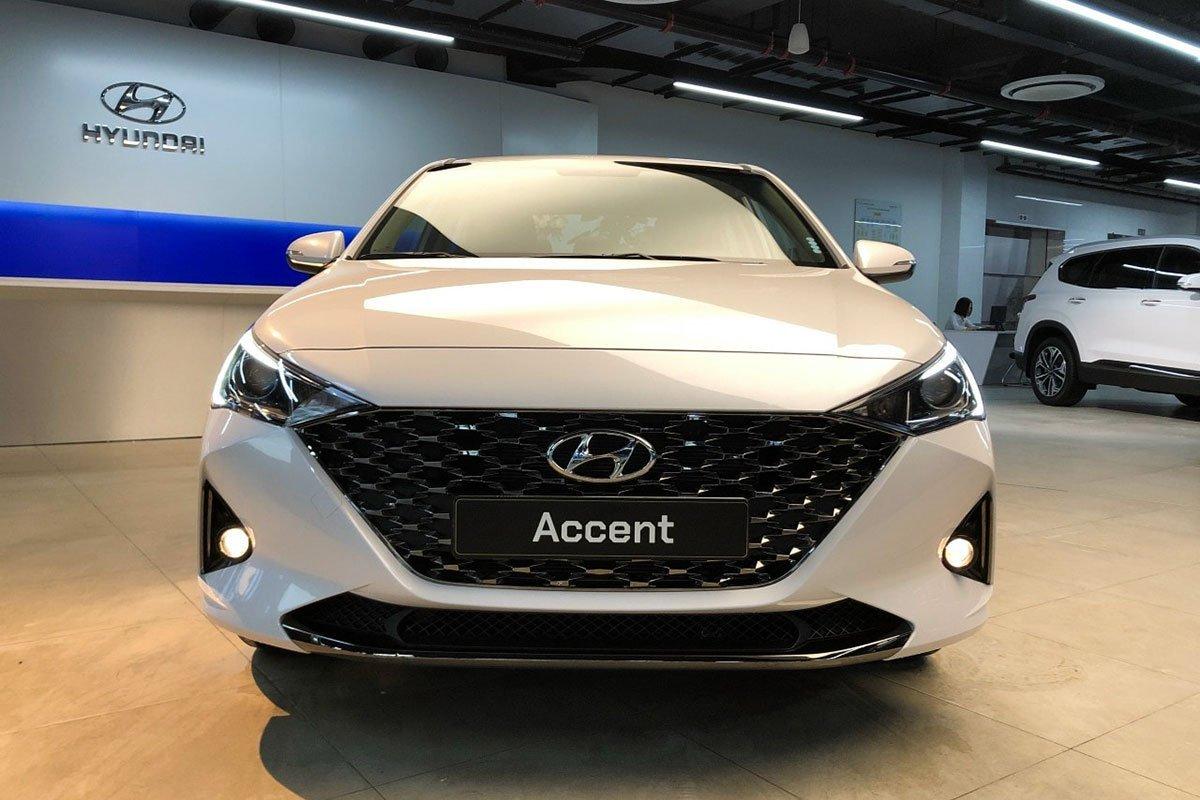 Đại lý nhận đặt cọc Hyundai Accent 2021 với giá 555 triệu đồng 1