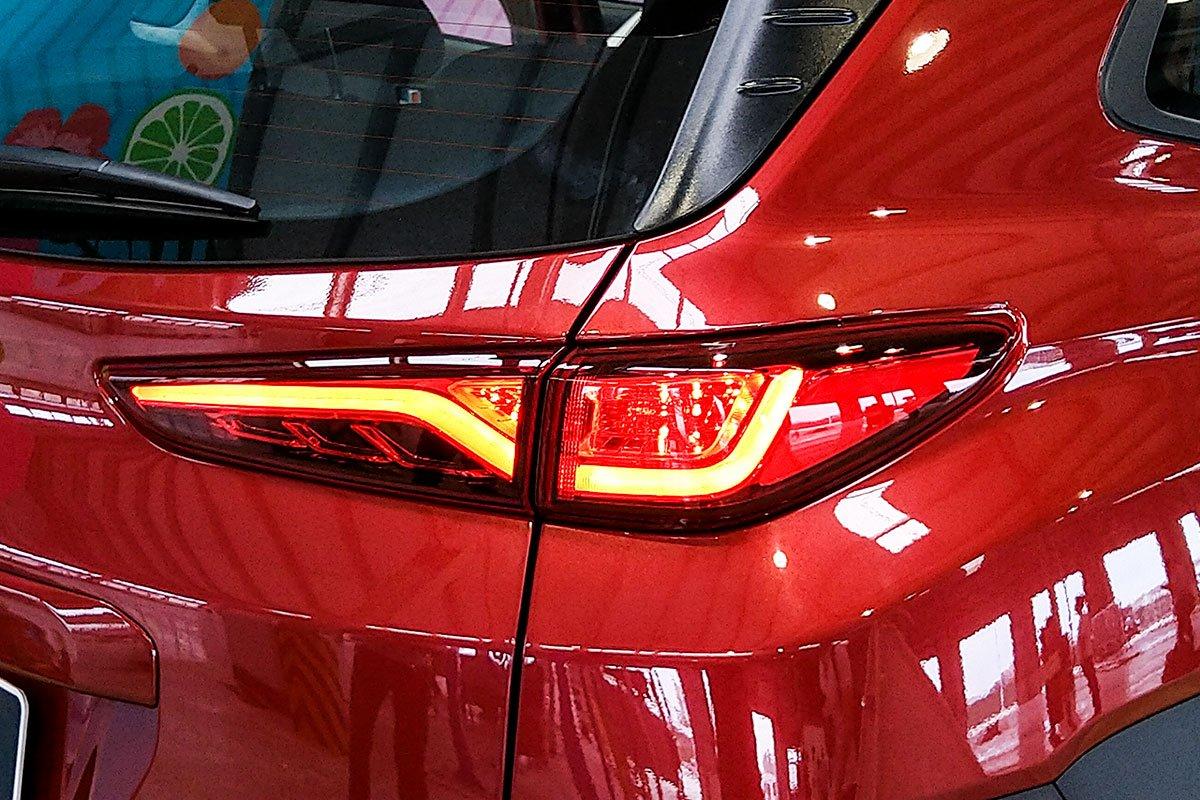Ảnh Đèn hậu xe Hyundai Kona 2020