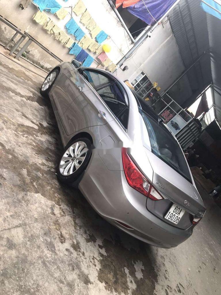 Bán Hyundai Sonata năm sản xuất 2011 còn mới (3)