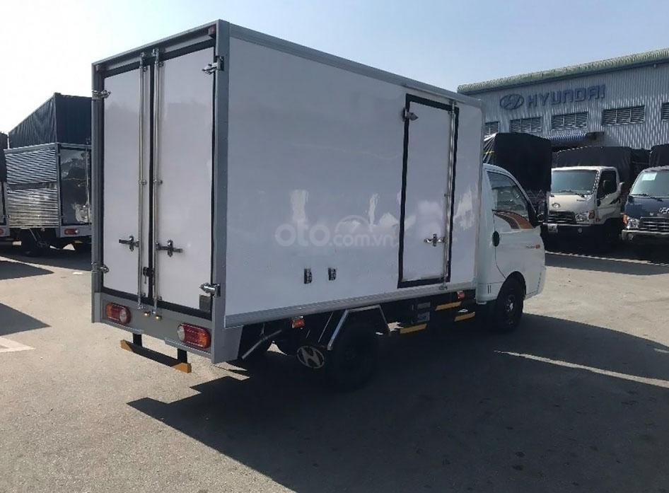 Xe Hyundai Porter H150 tải trọng cho phép 1,5 tấn (5)