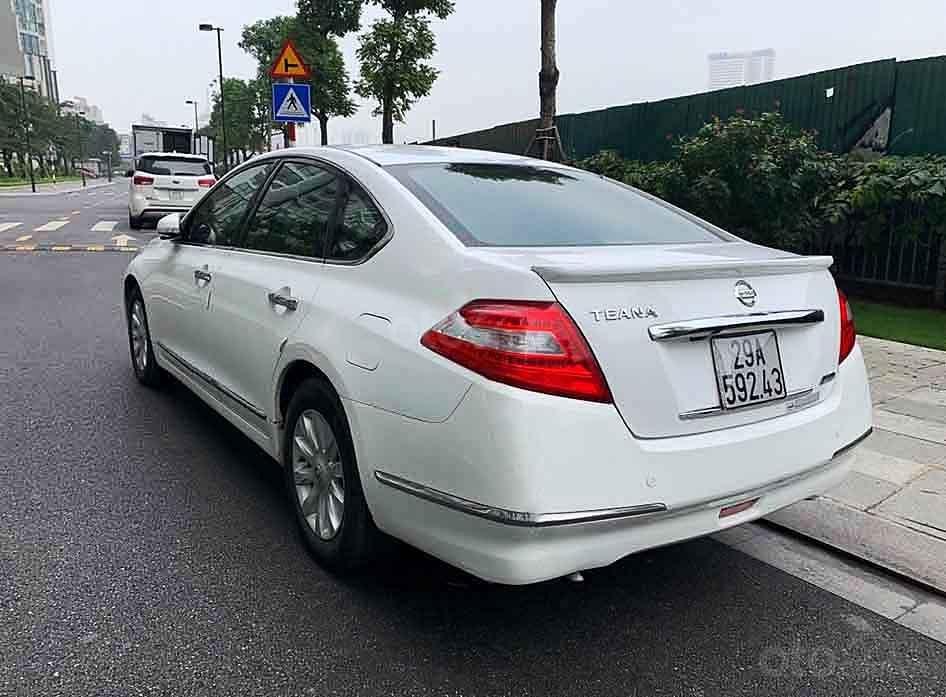 Bán Nissan Teana năm sản xuất 2009, màu trắng, 375tr (4)