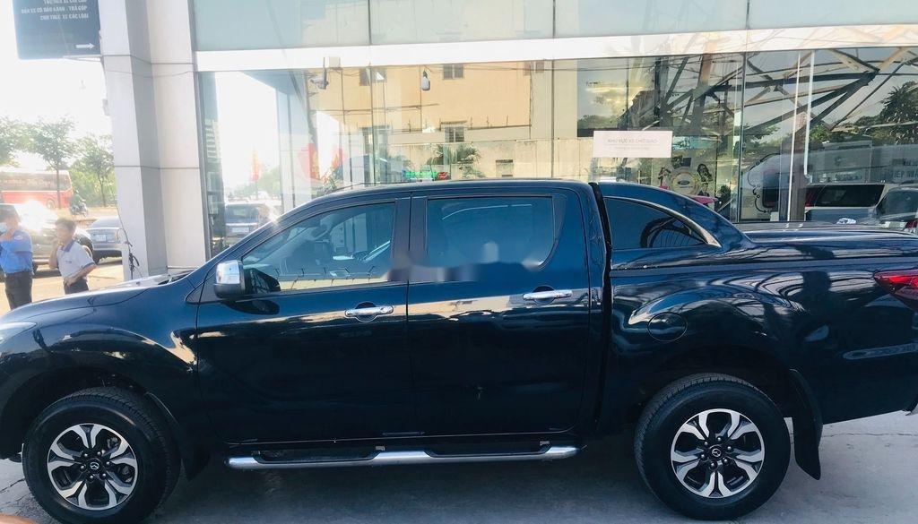 Chính chủ bán xe Mazda BT 50 năm 2017, màu đen, xe nhập  (4)