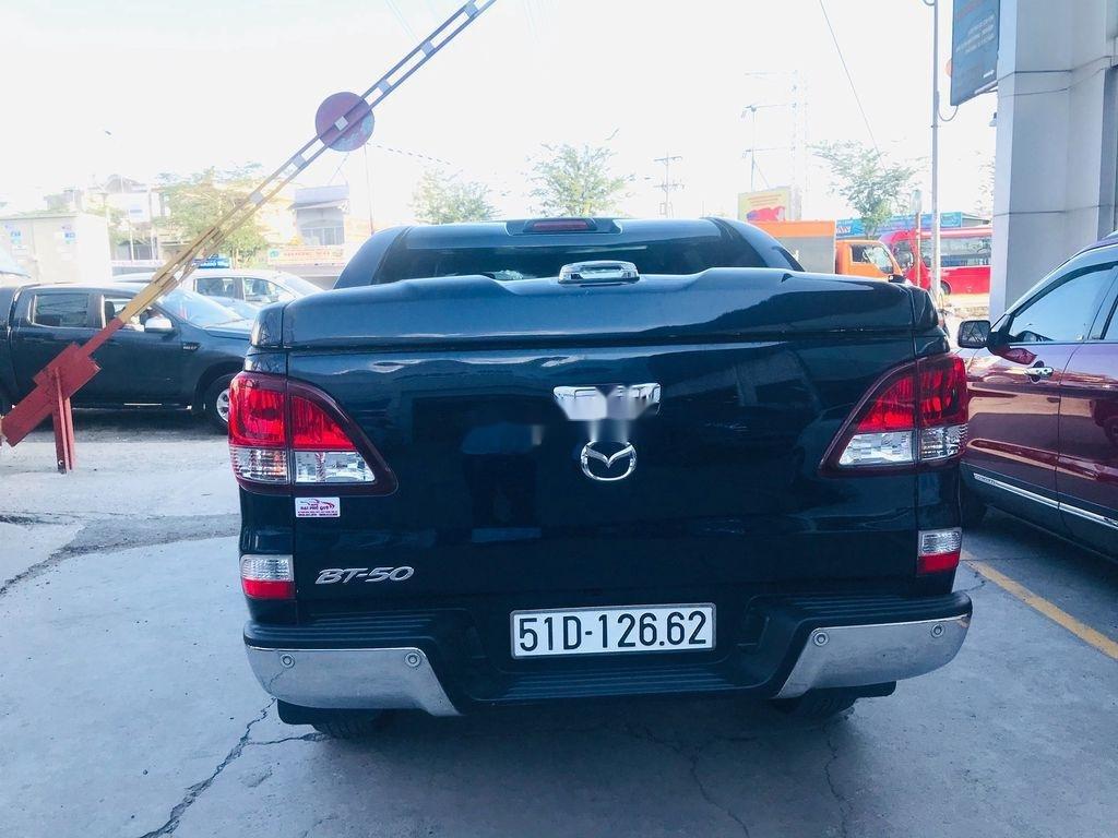 Chính chủ bán xe Mazda BT 50 năm 2017, màu đen, xe nhập  (5)