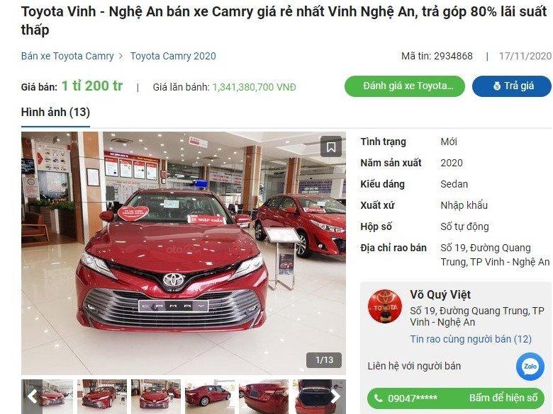Toyota Camry 2020 giảm 35 triệu đồng tại đại lý a2