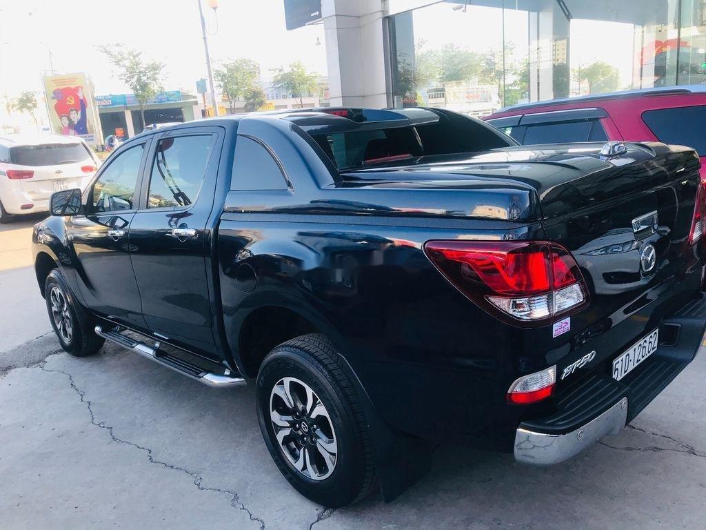 Chính chủ bán xe Mazda BT 50 năm 2017, màu đen, xe nhập  (6)
