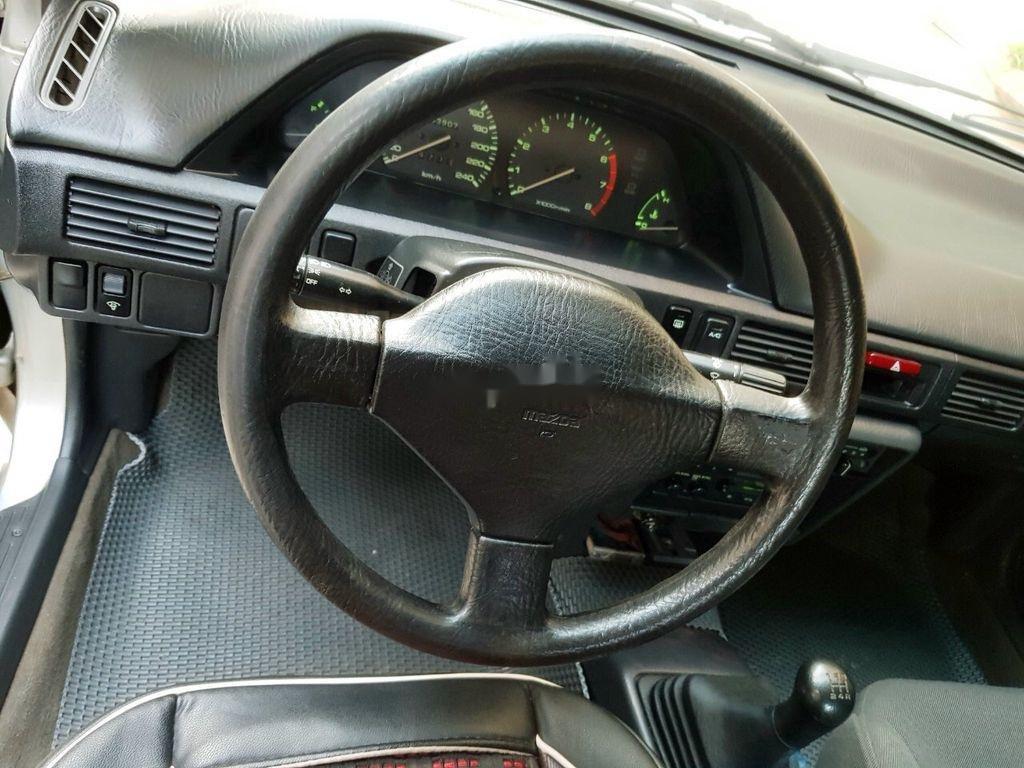 Cần bán gấp Mazda 323 năm sản xuất 1996, xe nhập, giá tốt (2)