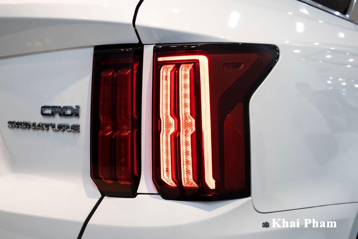 Ảnh Đèn hậu xe Kia Sorento 2020 a1