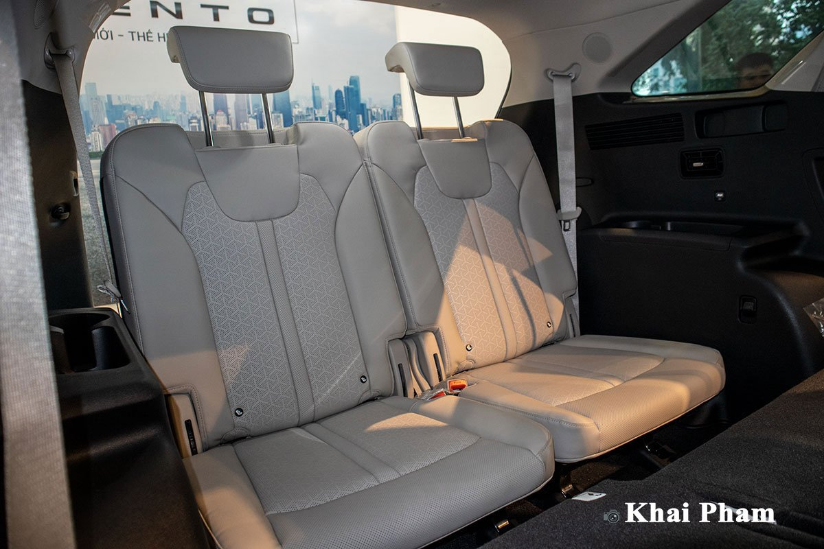 Ảnh Hàng ghế cuối xe Kia Sorento 2020 12