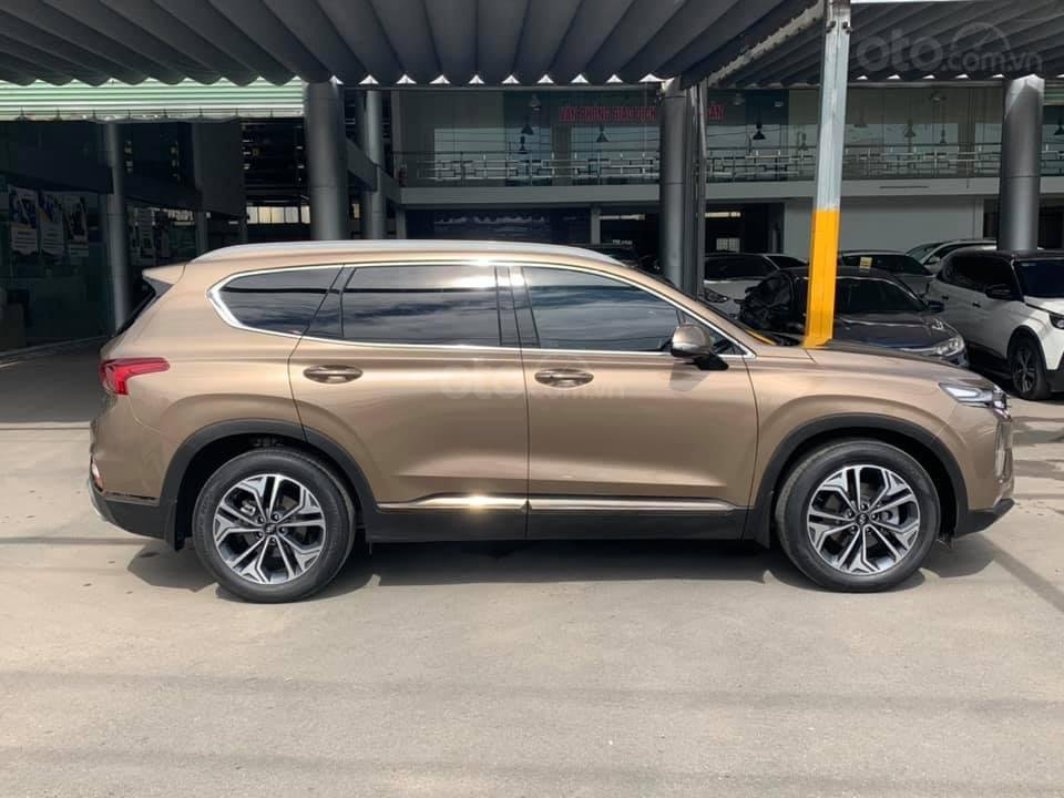 Cần bán nhanh với giá thấp chiếc Hyundai Santa Fe 2020 2.4AT đời 2020, xe còn mới (2)