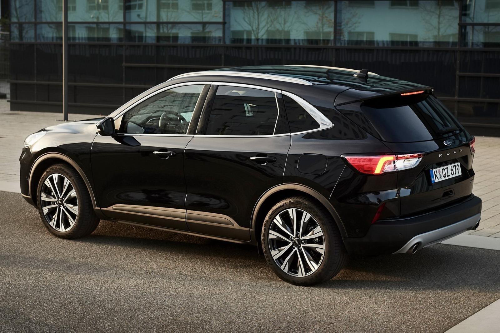 Ngoại hình tổng thể Ford Escape Hybrid 2021 1