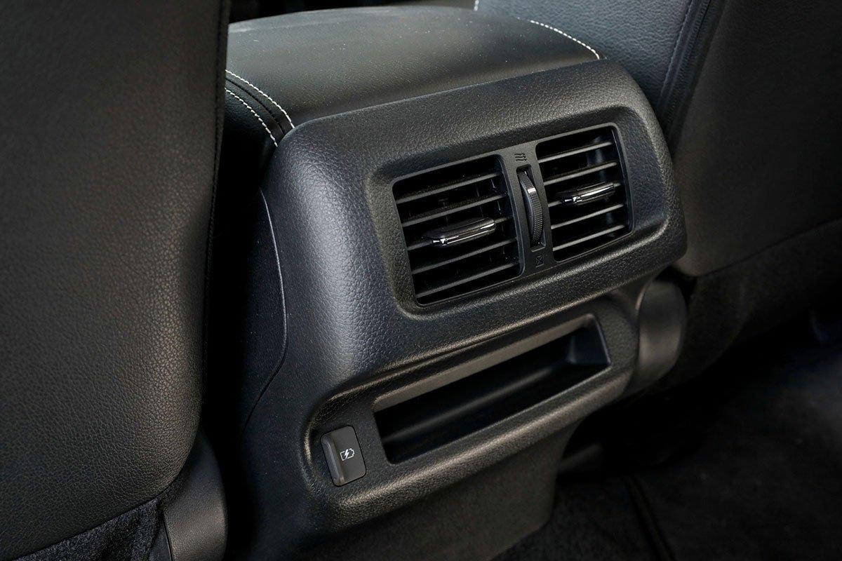 Ảnh Cửa gió xe Nissan Navara 2021 a1