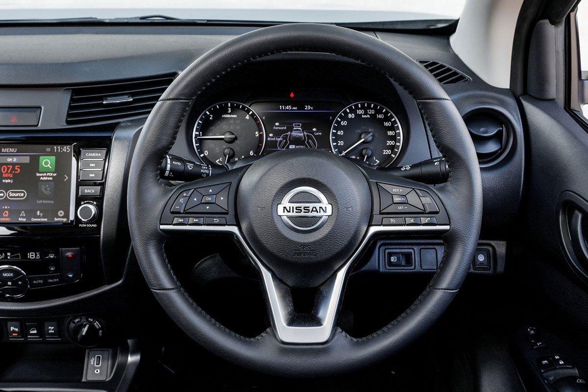 Ảnh Vô-lăng xe Nissan Navara 2021
