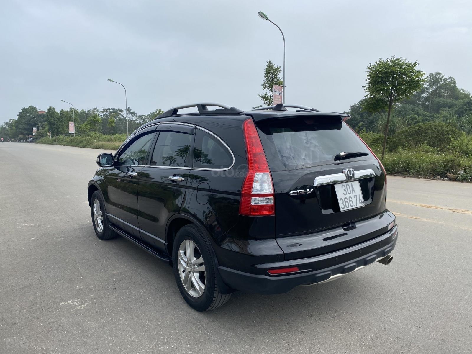 Cần bán Honda CRV 2.4 2010 model 2011, màu đen, đi 90.000 km zin, lốp sơ cua chưa hạ (6)