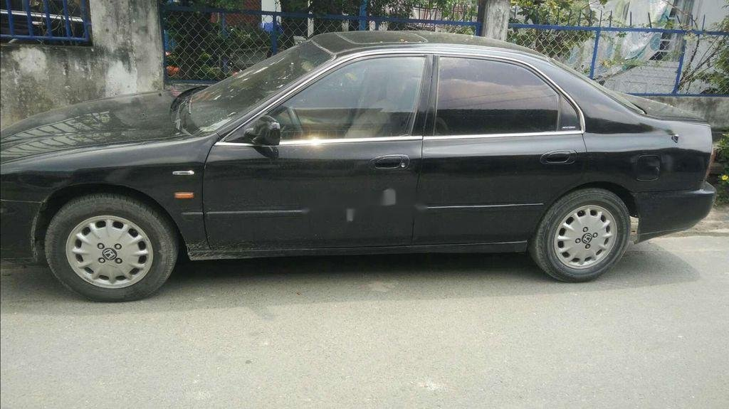 Cần bán xe Honda Accord đời 1997, màu đen, xe nhập chính chủ  (2)
